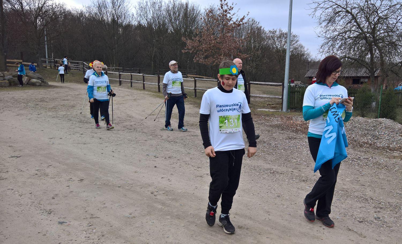 9 Pleszewskie Włóczykije nordic walking Pleszew Fitness Klub Active Fit Traugutta 30