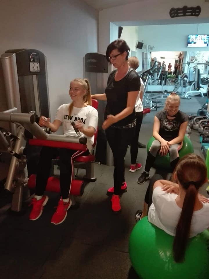 Fitness Klub Active Fit Pleszew ul. Traugutta 30 trening personalny siłownia 34