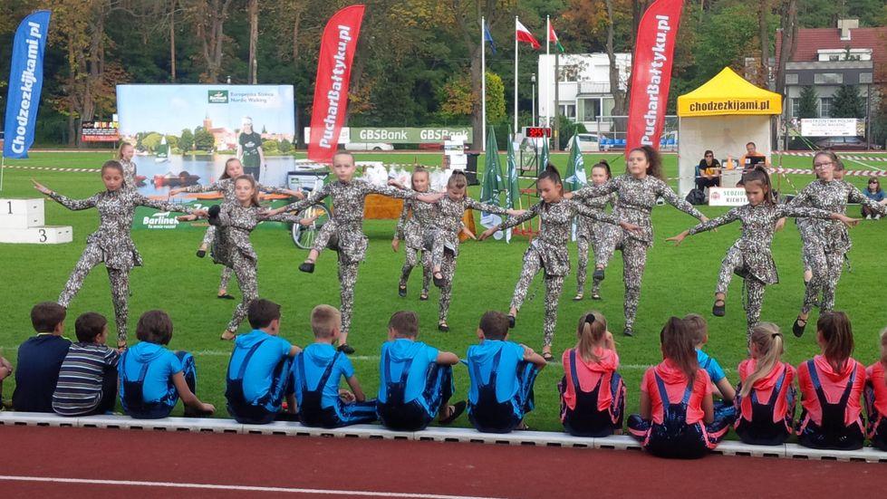 25 Nordic Walking Active Fit Fitness Klub  Pleszew ul. Traugutta 30