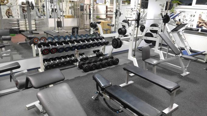 Fitness Klub Active Fit Pleszew ul. Traugutta 30 trening personalny siłownia 97